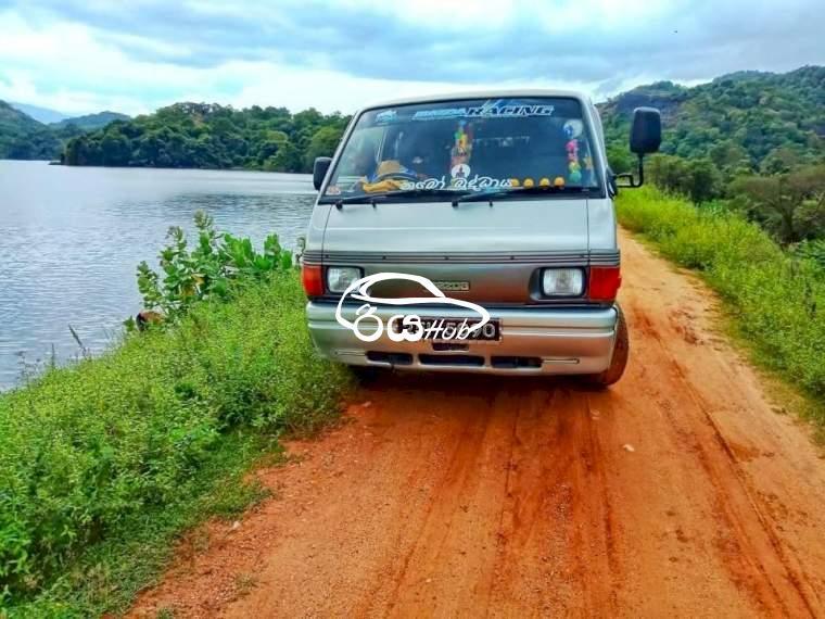 Mazda Bongo 1998 Van, riyahub.lk