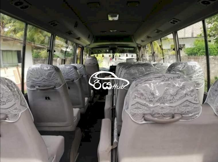 Toyota Coaster 2009 Bus, riyahub.lk