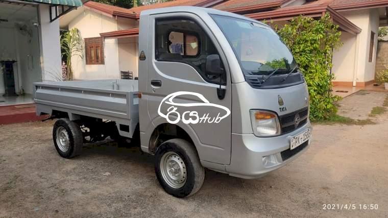 Tata Dimo Batta ex2 2014 Lorry, riyahub.lk
