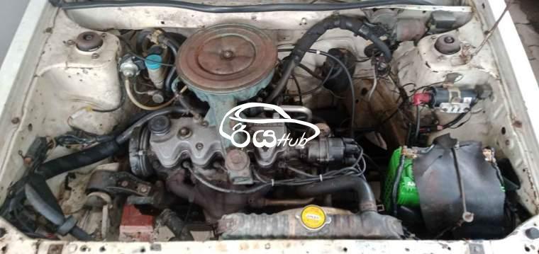 Nissan Califonia 1990 Car, riyahub.lk