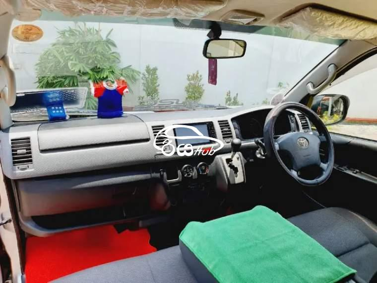 Toyota KDH 2007 Van, riyahub.lk