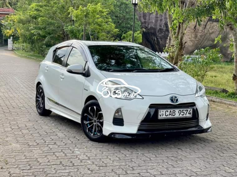 Toyota Aqua S Limited 2013 Car, riyahub.lk