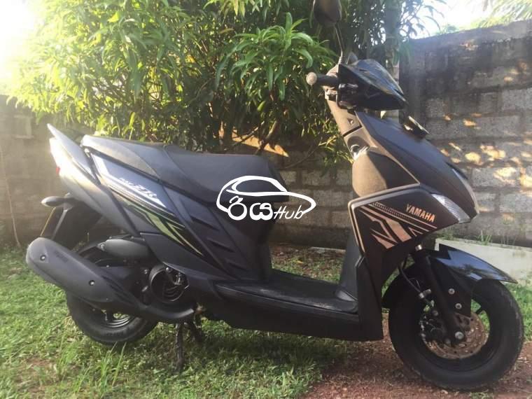 Yamaha Ray ZR 2018 Motorcycle, riyahub.lk