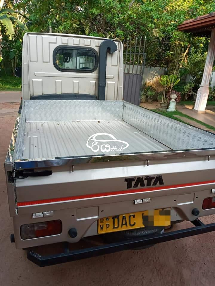Tata Turbo Express 2015 Lorry, riyahub.lk
