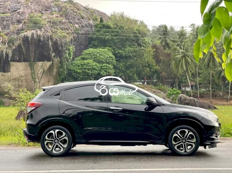 Honda Vezel 2014 Car, riyahub.lk