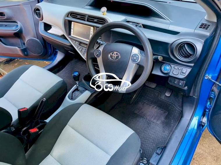 Toyota Aqua S Limited 2014 Car, riyahub.lk