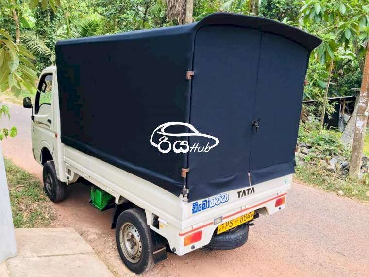 Tata Dimo Batta 2011 Lorry, riyahub.lk