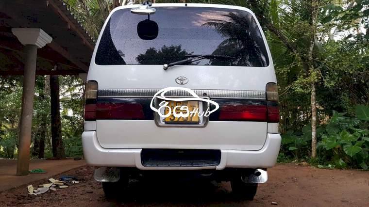 Toyota Dolphin 113 2000 Van, riyahub.lk