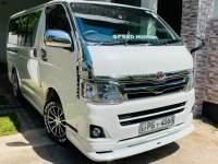 Toyota KDH 201 2011 Van - Riyahub.lk