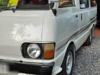 Toyota Hiace LH 40 1982 Van for sale in Sri Lanka, Toyota Hiace LH 40 1982 Van price