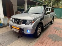 Nissan Navara Frontier 2010 Double Cab for sale in Sri Lanka, Nissan Navara Frontier 2010 Double Cab price