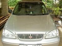 Kia Carens 2000 Car for sale in Sri Lanka, Kia Carens 2000 Car price