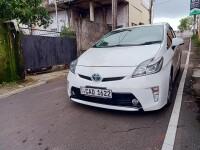 Toyota Prius G Grade 2014 Car for sale in Sri Lanka, Toyota Prius G Grade 2014 Car price