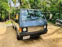 Mitsubishi Delica L300 1981 Van - Riyahub.lk