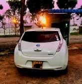 Nissan Leaf AZE0 2013 Car - Riyahub.lk